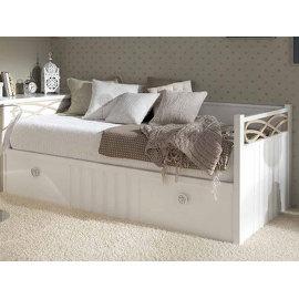 Фото резных элитных кроватей #1